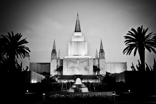 Oakland California Temple at dusk (black and white)