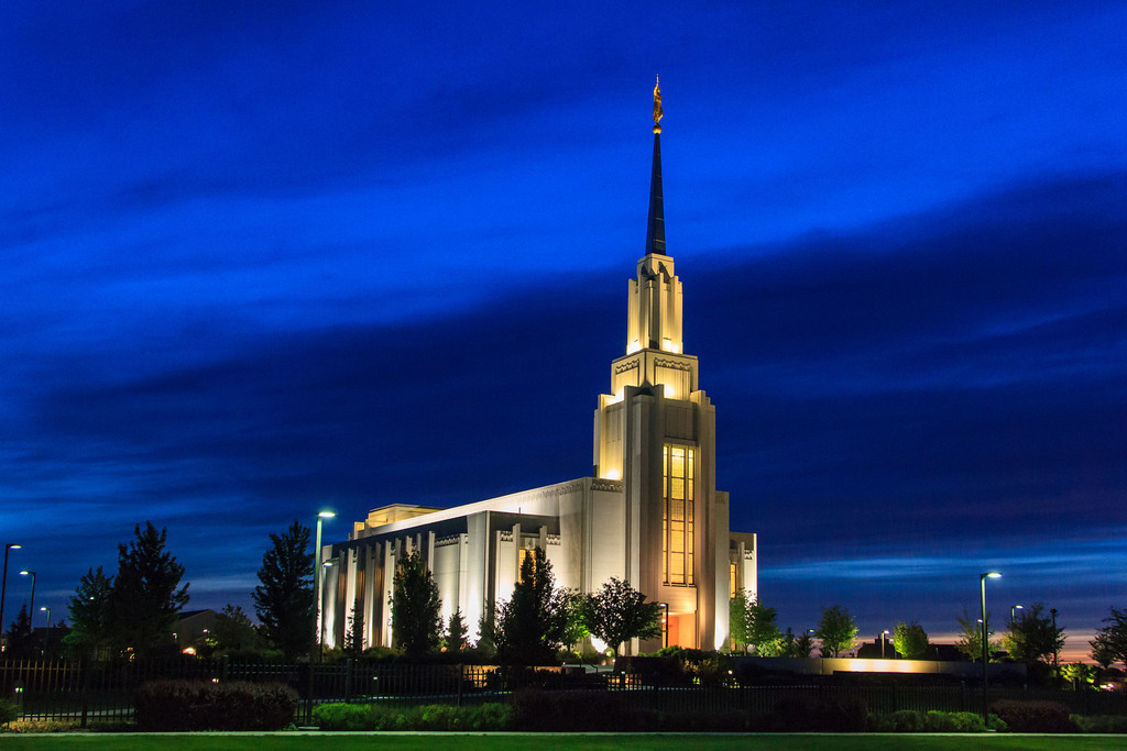 Twin Falls Idaho Temple at Dusk