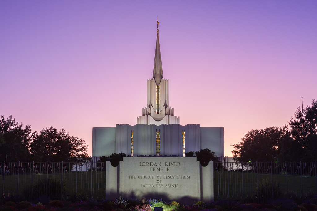 Jordan River Temple at dusk
